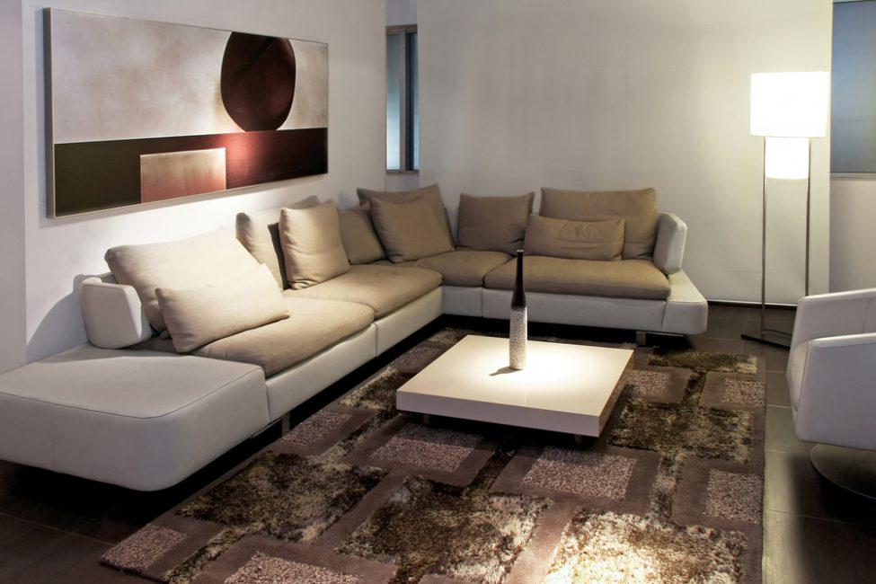 Вариант с диваном