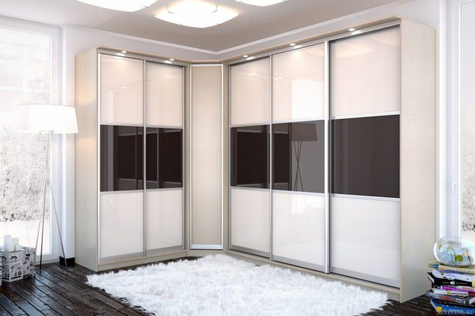 Раздвижные двери помогают сэкономить место в комнате