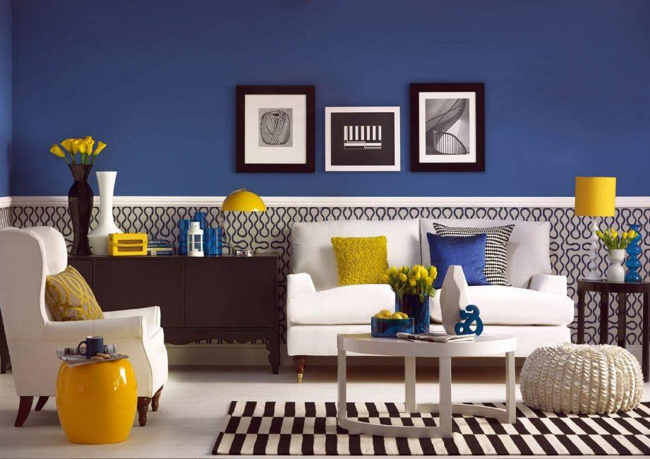 Синий лучше комбинировать с теплыми оттенками желтого или оранжевого