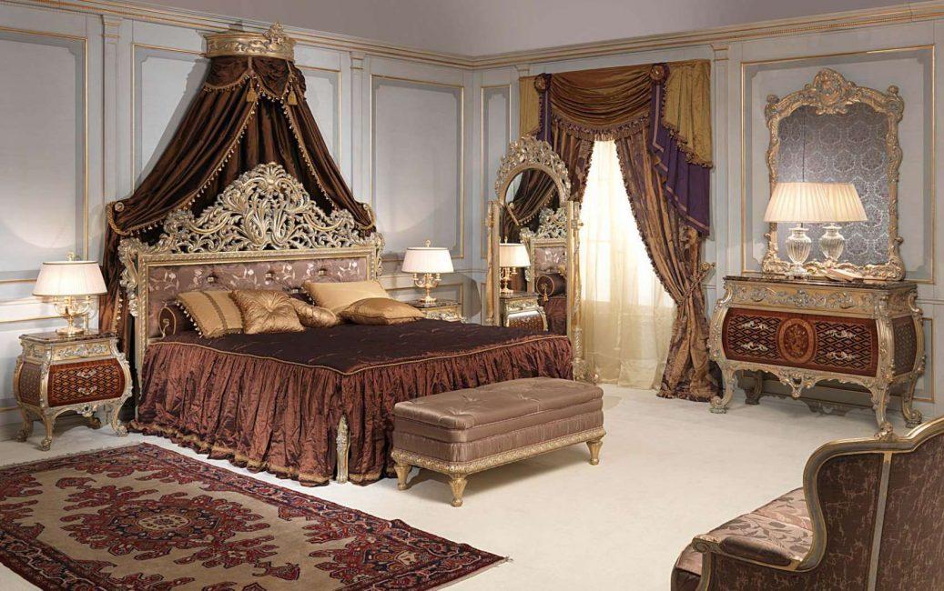 Массивная деревянная мебель для классического стиля