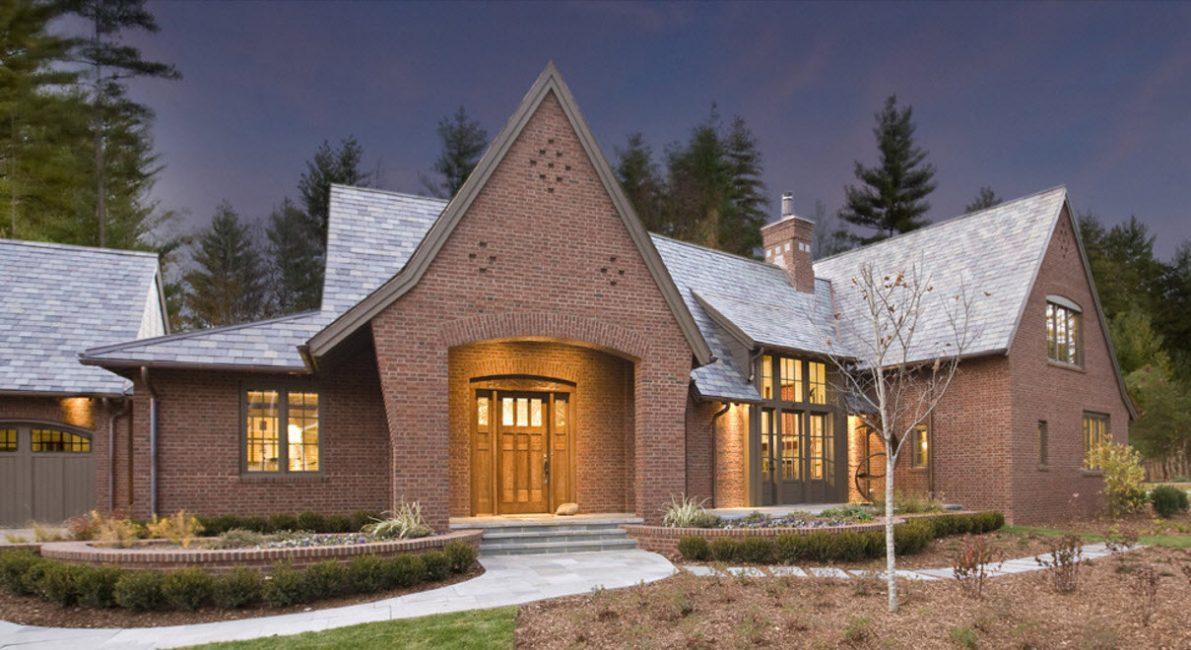 Проверенный временем этот материал способен превратить жилье в родовое поместье