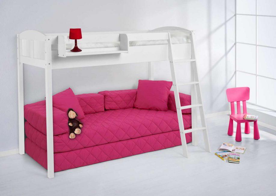 Конструкция со встроенным диваном