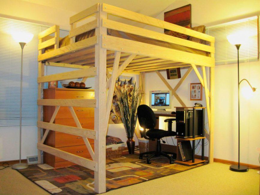 Кровать-чердак с двуспальным ложем