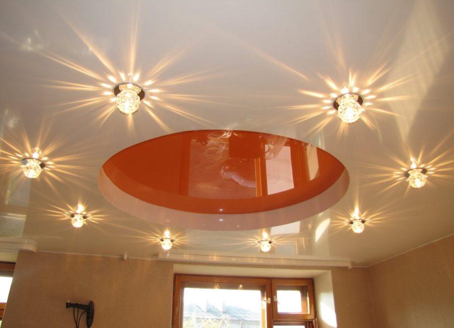 Точечные светильники вместо основного света