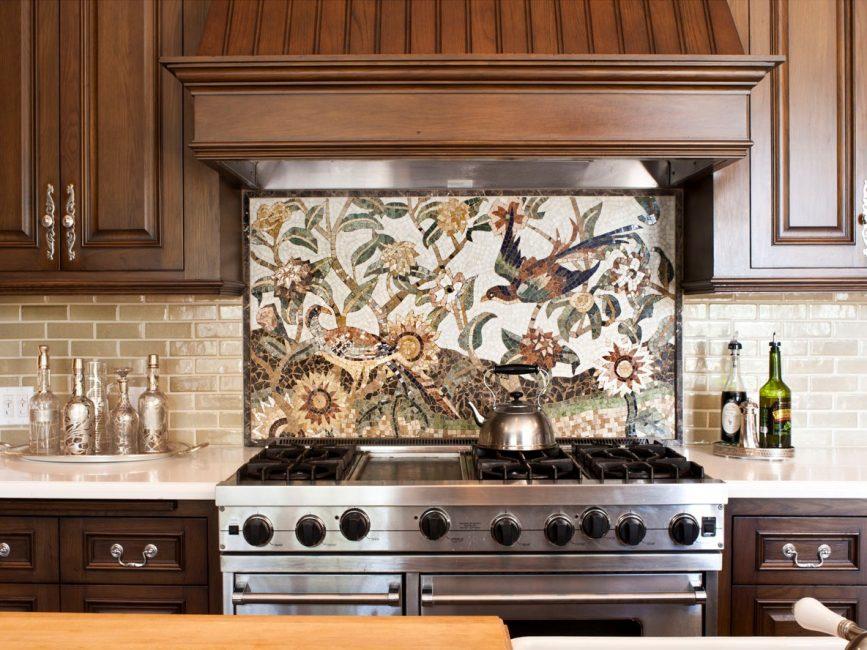 Панно-мозаика - произведение искусства на вашей кухне