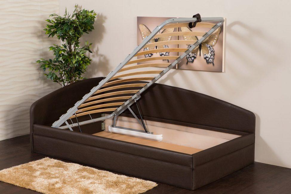 Односпальная кровать с подъемным механизмом