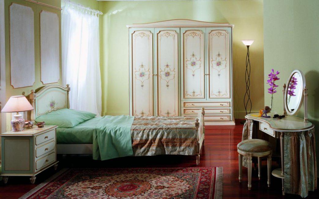 Сочетание цветовой гаммы всей мебели