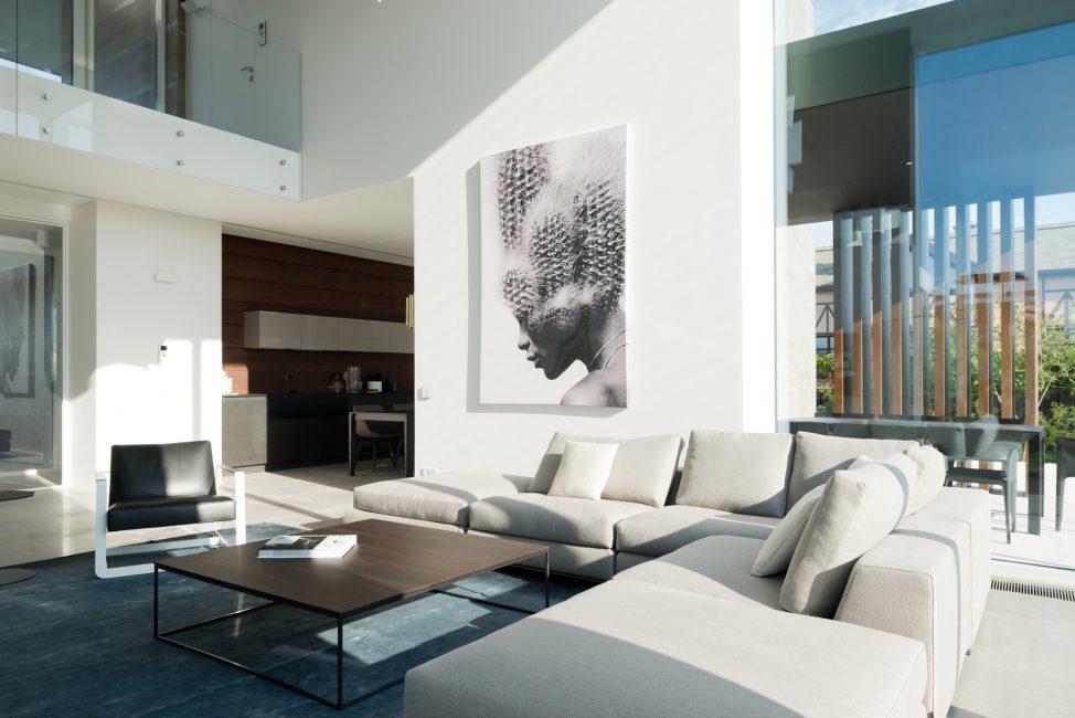 Для комнаты в стиле минимализм
