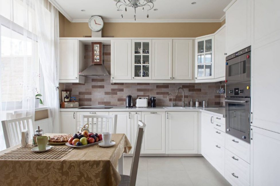 Угловая кухня - это практичным решения организации пространства