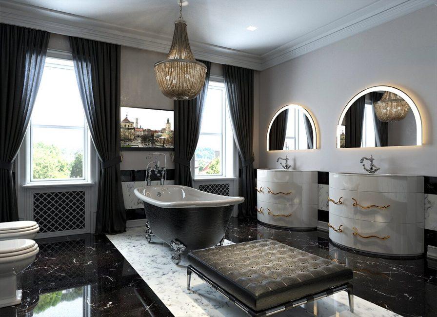 Два полукруглых зеркала подчеркивают классический стиль помещения