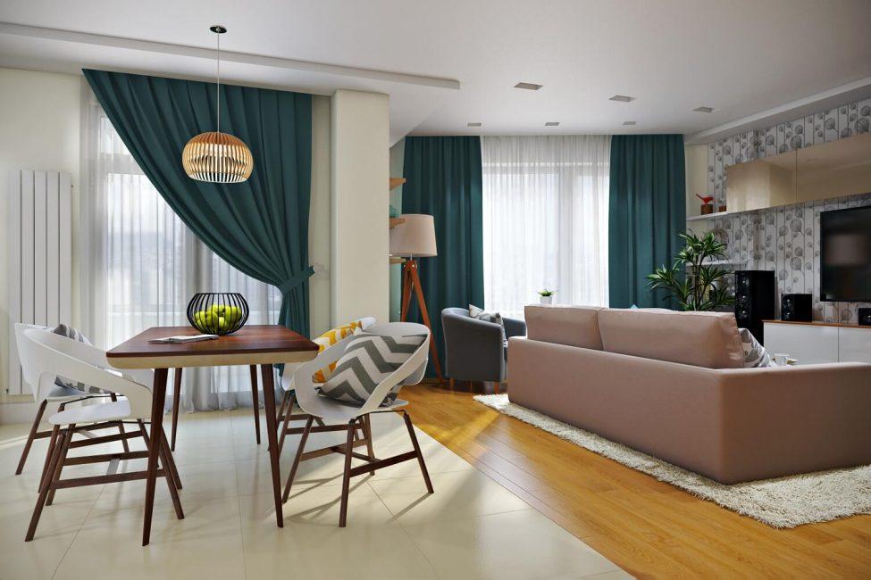 Можно использовать декоративные подушки