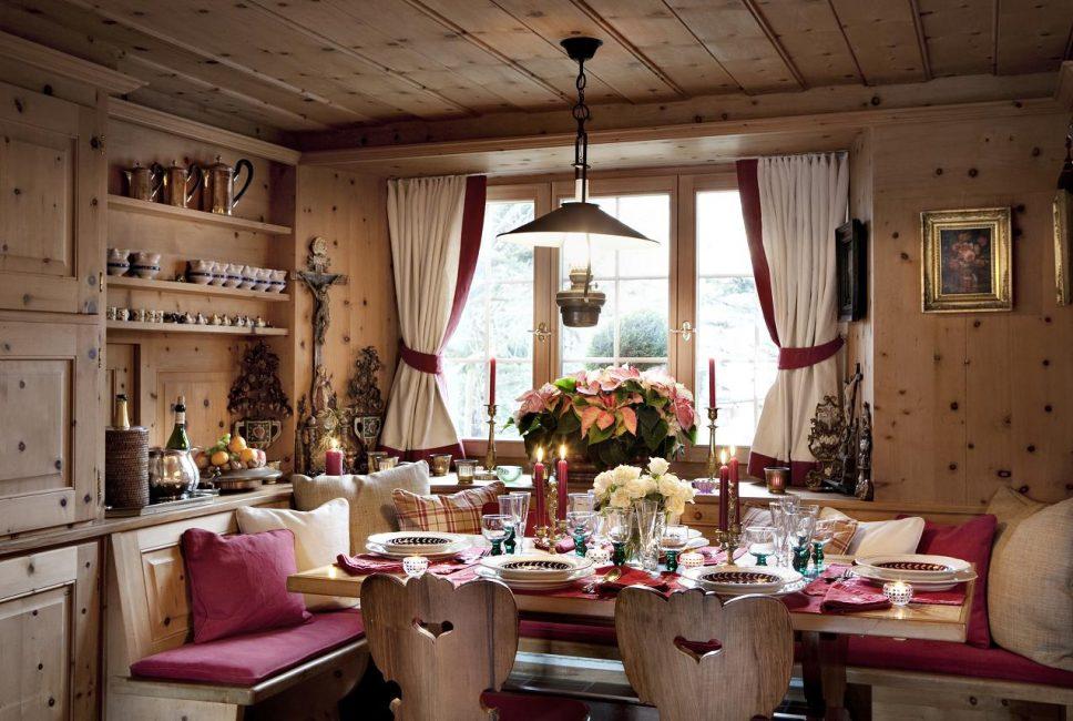 Уютная столовая