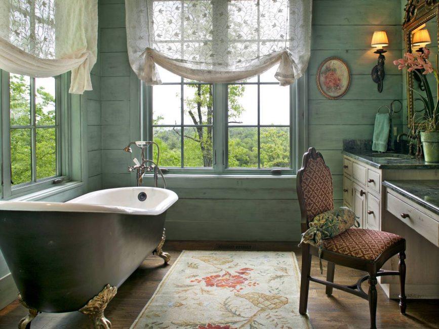Ванна на ножках - изюминка ванной комнаты
