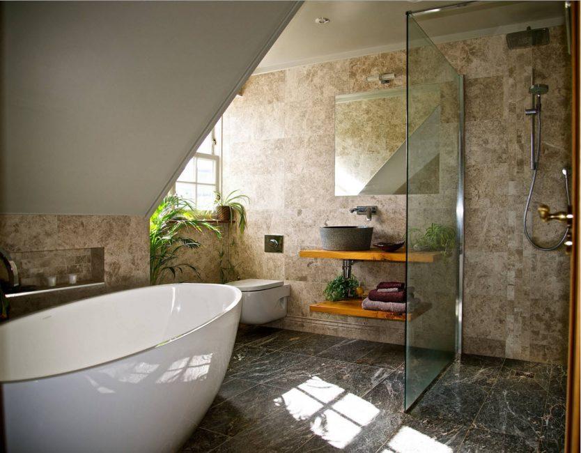 Подходит для гостевой ванны