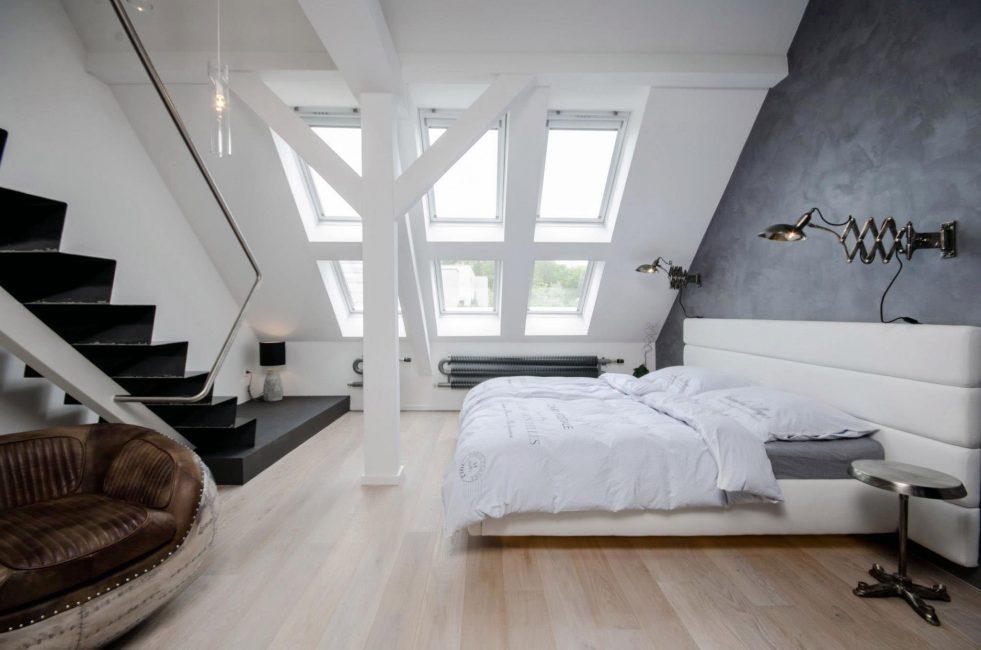 Светлая и уютная спальня