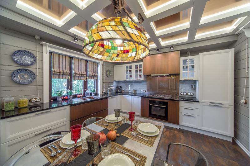 Tiffany будет превосходно смотреться по центру кухни