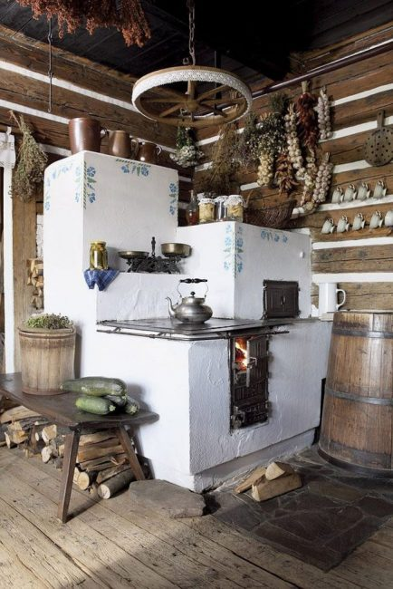 Русская печь достаточно массивная