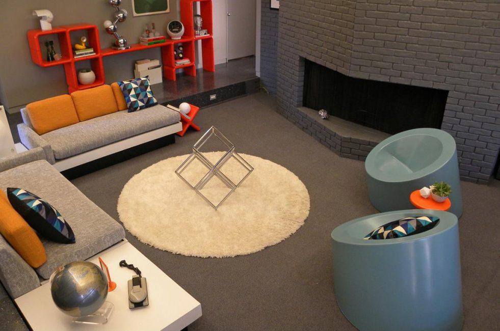 Интересная мебель в данном стиле