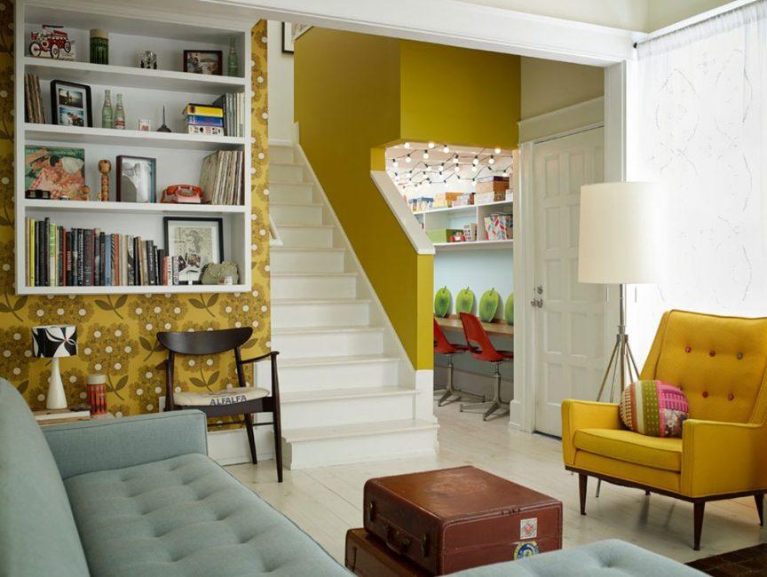 Желтый лучше добавлять в виде декораций