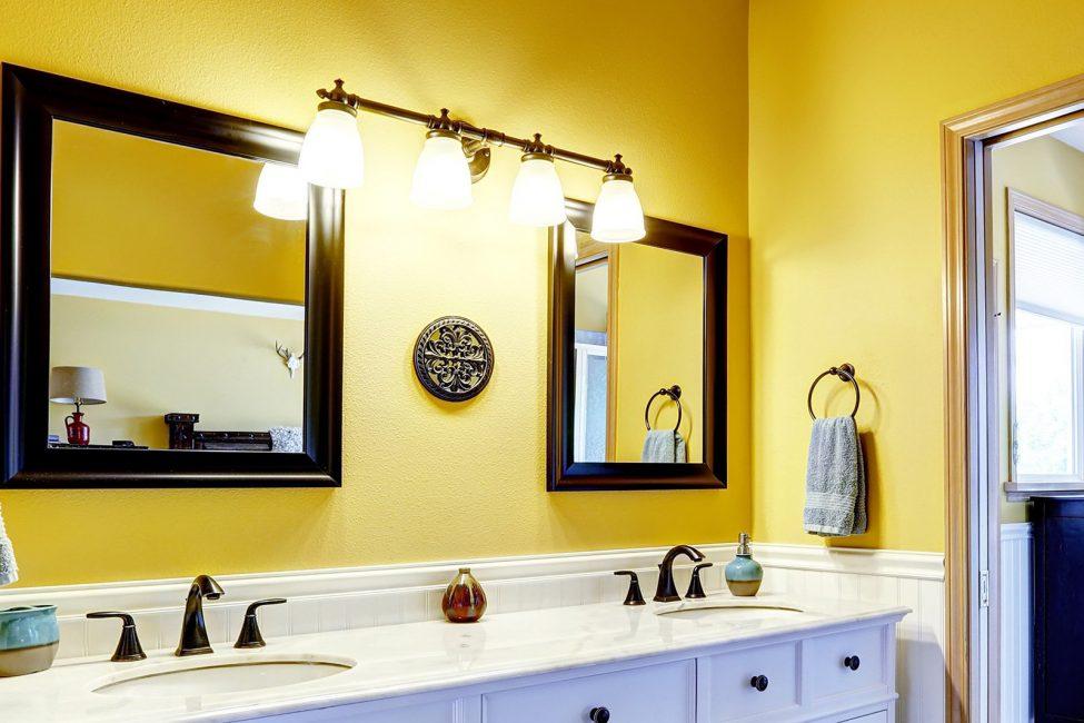Данный цвет сделает ванную большой и просторной