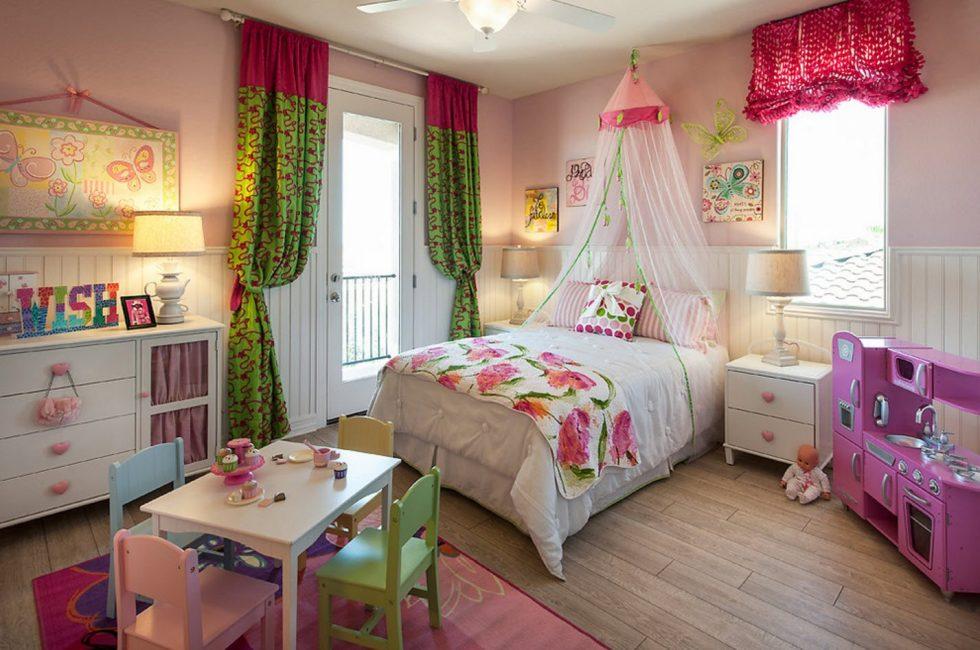 Стильная спальня для маленькой леди