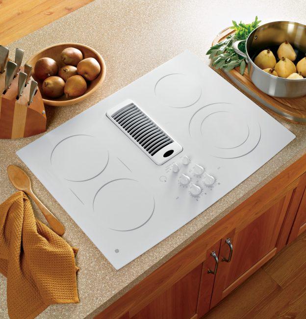 Плита с четырьмя конфорками – классика для большинства кухонь