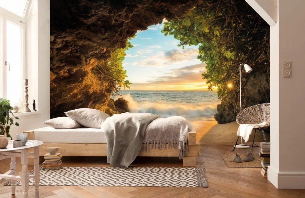 Такой пейзаж визуально удлиняет комнату