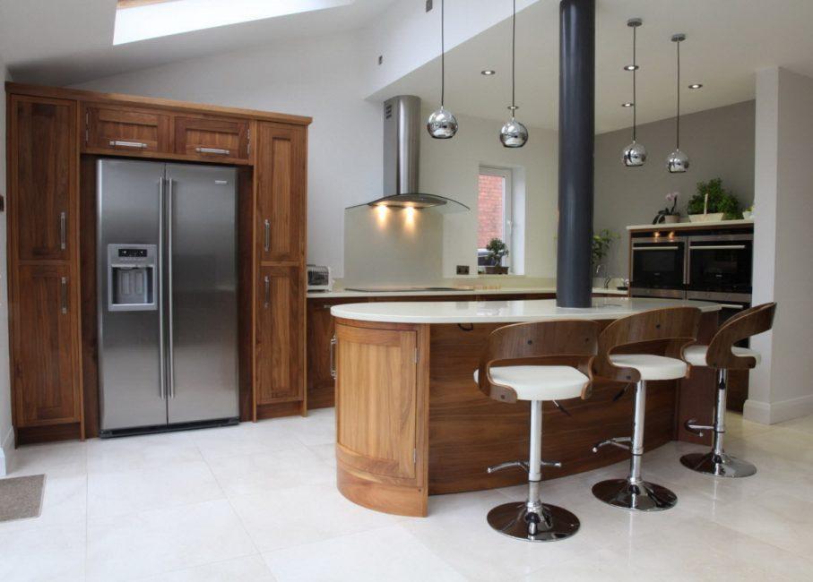 Весьма удачное решение для кухни и столовой