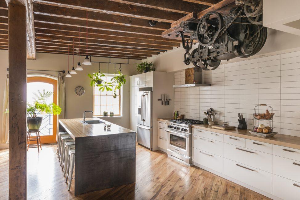 Кухни в стиле лофт – довольно популярная тенденция