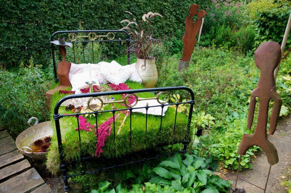 Использование старой кровати