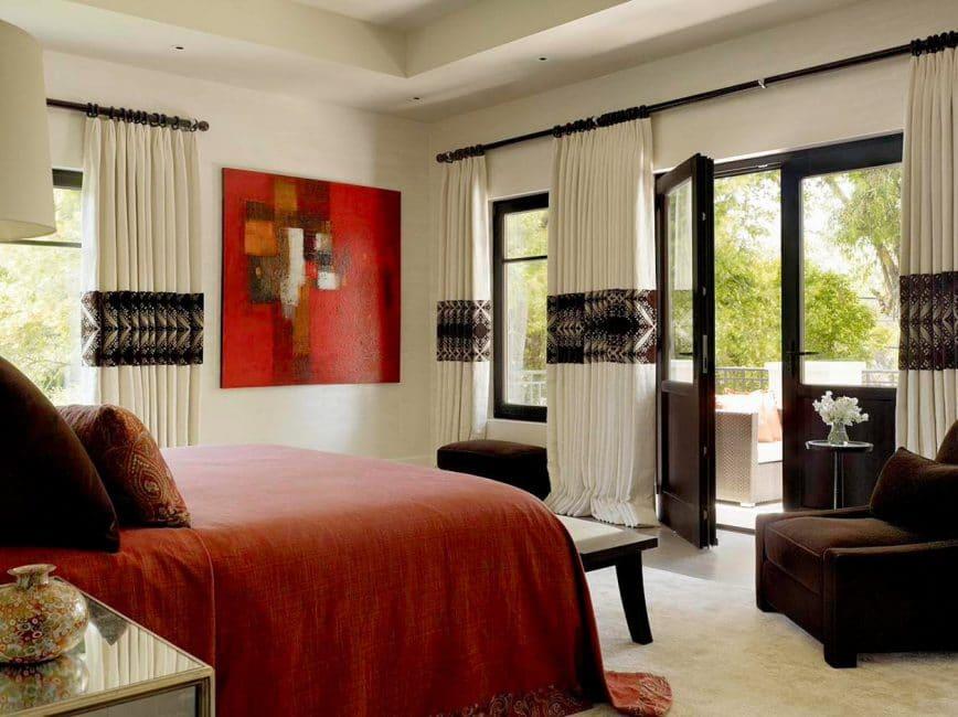 Привлечение внимания к спальному месту с помощью цвета