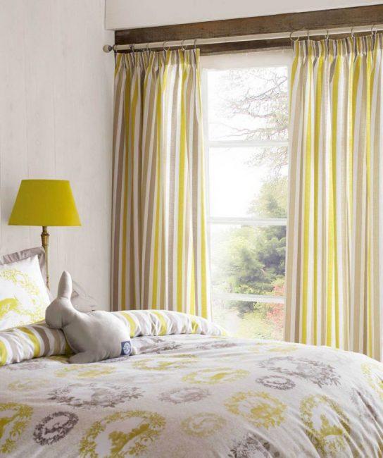 Жизнерадостные тона в дизайне спальни