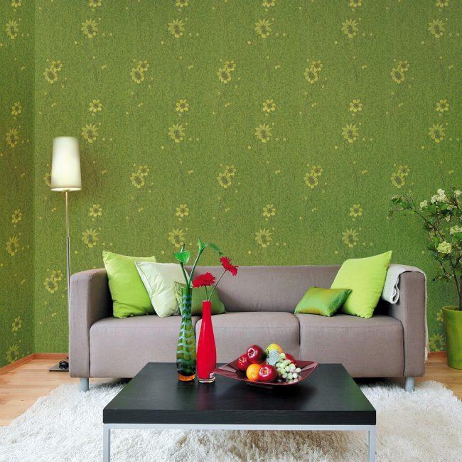 Темно-зеленые обои помогают концентрации внимания