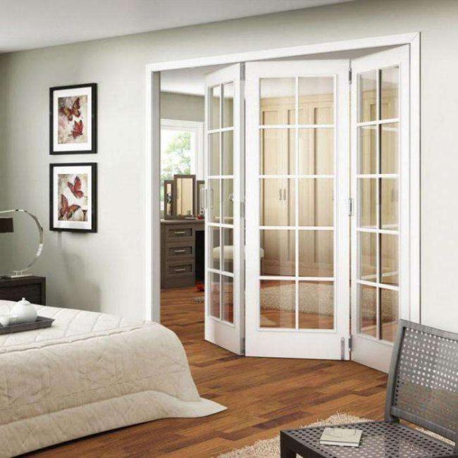 Складные двери - удобные и практичные