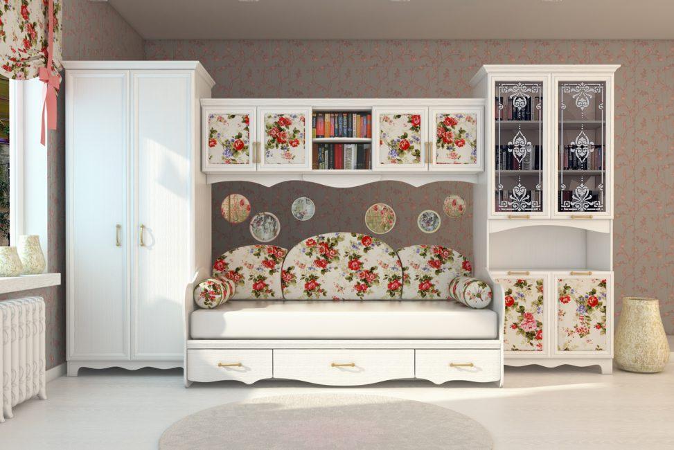 Красивый вариант для комнаты девочки