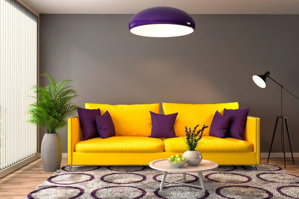 Яркий диван, как изюминка комнаты