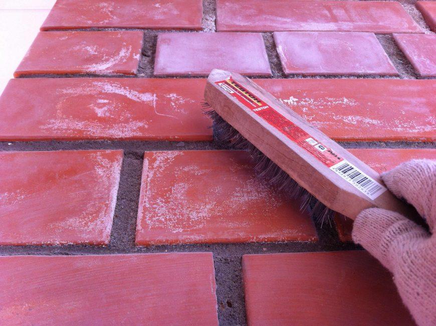 Очищаем поверхность перед работой