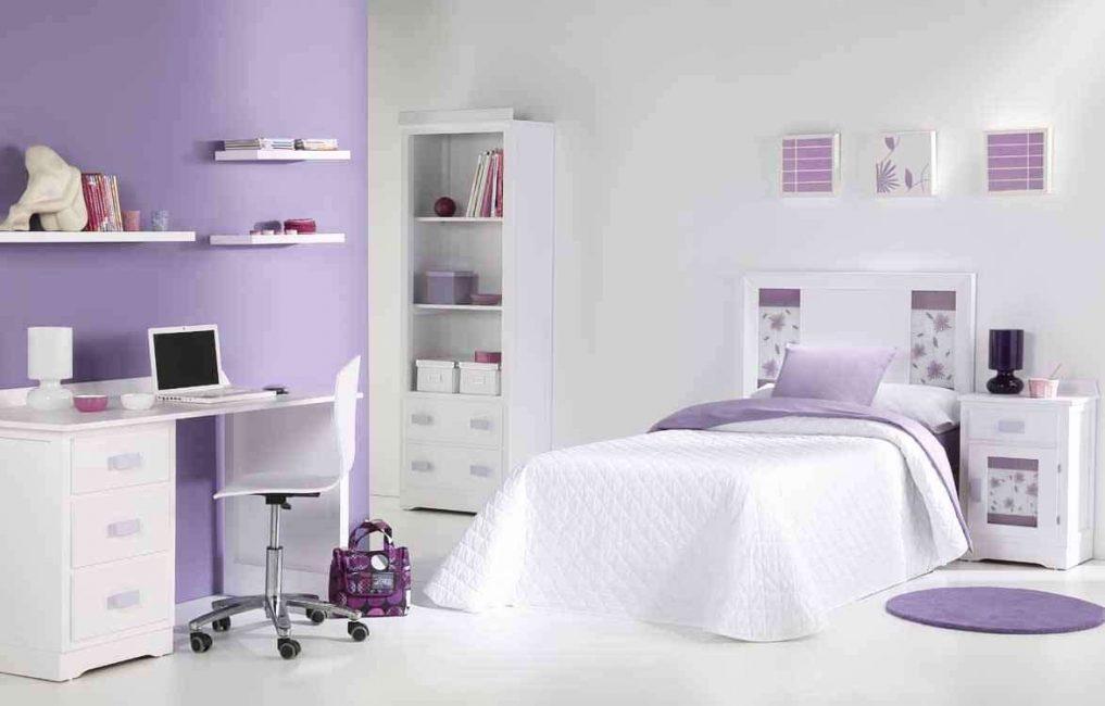 Подбирайте оттенки сиреневого в зависимости от освещенности комнаты