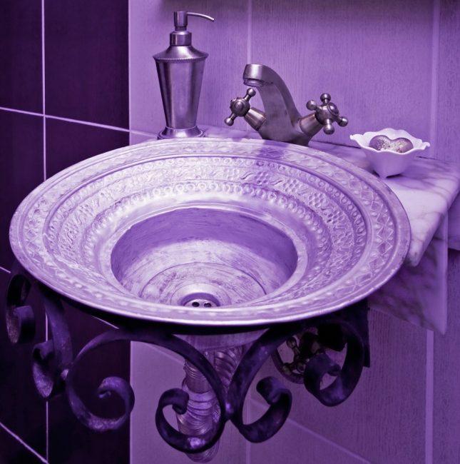 Оригинальный умывальник для ванной