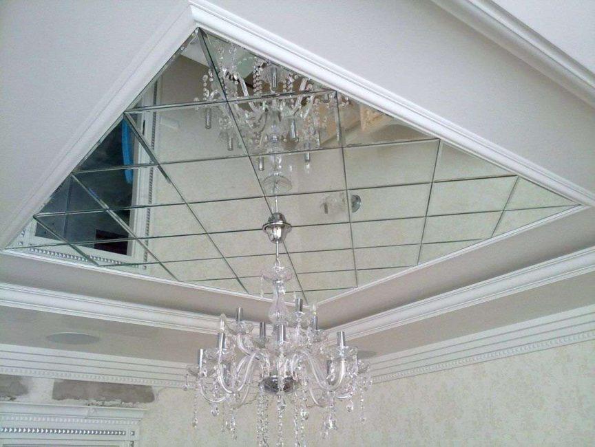 Используем фацет для украшения потолка
