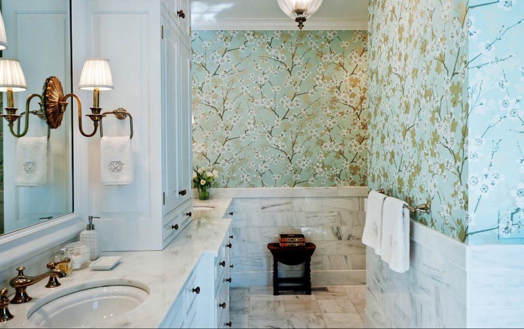Весеннее настроение в ванной комнате