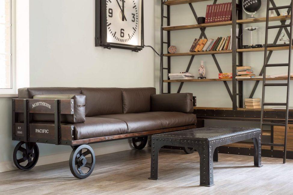 Креативное решение для дивана