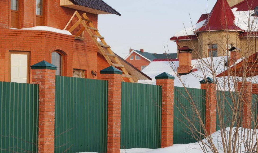 Настил должен гармонировать с цветом крыши