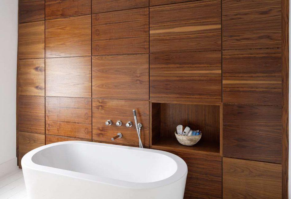Освежаем интерьер белоснежной ванной