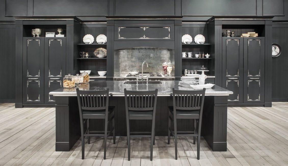 Черные кухонные шкафы в интерьере