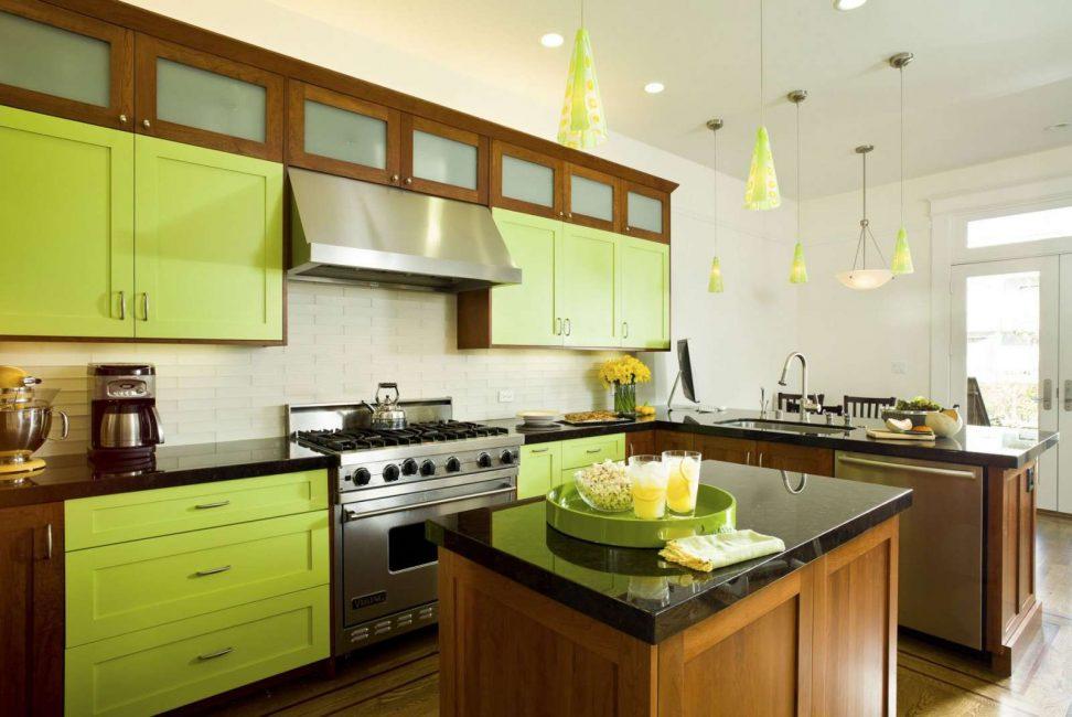 Кухня в салатово-коричневом цвете