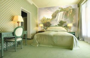 Интерьер спальни зеленого цвета: Как сделать его лучшим местом для отдыха? 175+ (Фото) вариантов Дизайна (шторы, обои, стены)