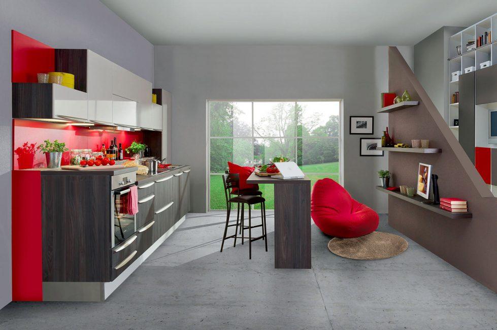 Дополните необходимой техникой и мебелью