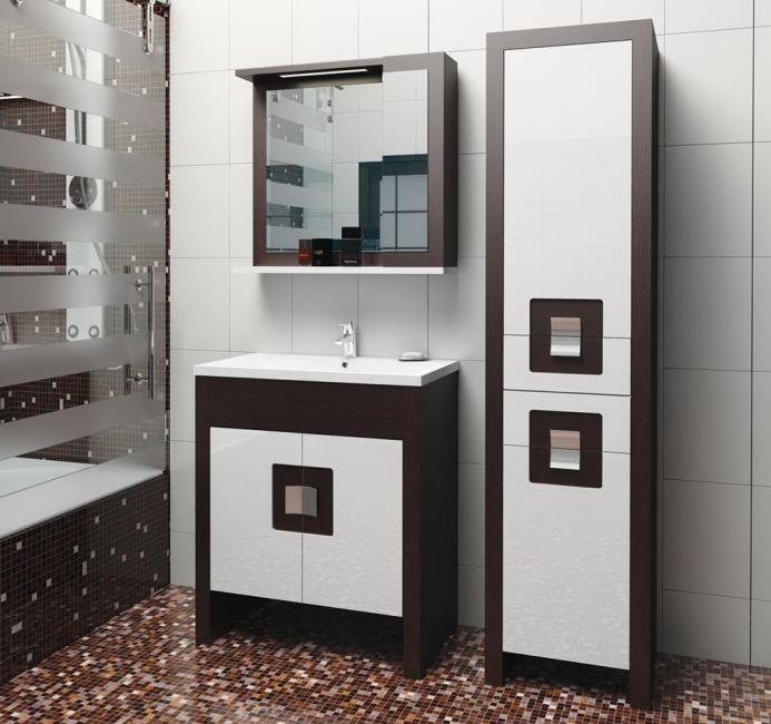 Шкаф пенал – очень популярный в квартирах предмет интерьера.
