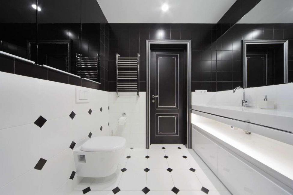 Перевернутый вариант ванной комнаты